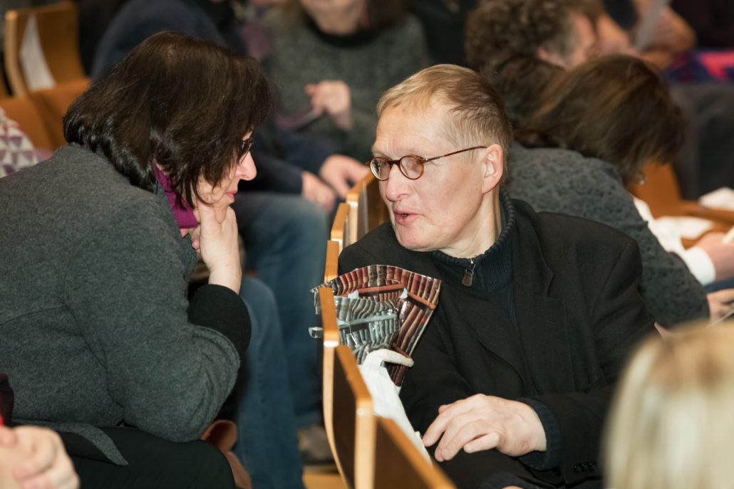 Dr. Tiziana Corda im Gespräch mit Jörg Petzel, Vizepräsident der E.T.A. Hoffmann-Gesellschaft / Foto: Hagen Immel, Staatsbibliothek zu Berlin-PK / Lizenz: CC BY-NC-SA 3.0