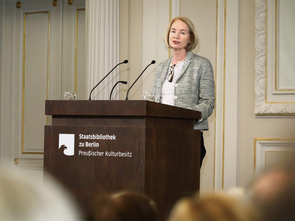 Grußwort von Barbara Schneider-Kempf; Foto: Hagen Immel, SBB-PK