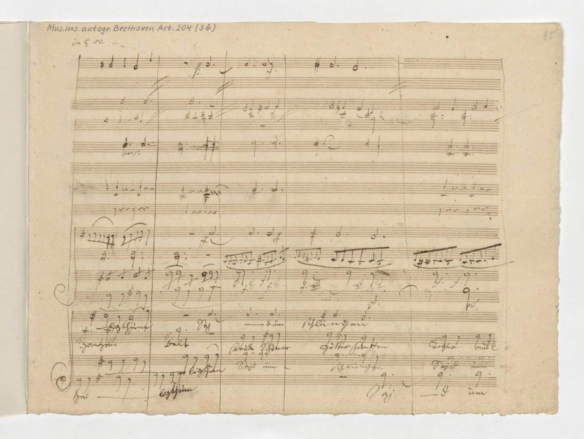 """Ludwig van Beethoven, 4. Satz der 9. Sinfonie d-Moll op. 125 (Takte 659–669 sowie 715–725), """"Wir betreten feuertrunken, Himmlische, dein Heiligthum! Seid umschlungen Millionen, diesen Kuß der ganzen Welt! Freude schöner Götterfunken…"""", Blatt 85"""