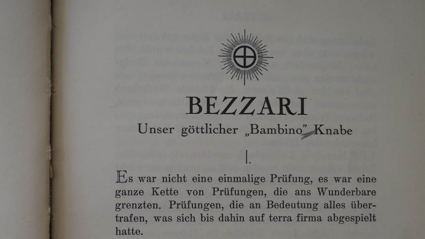 Hanish, Otoman Zar-Adusht: Bezzari; Unser göttlicher Bambino ... von Sarmatian v. Caspianya (d.i. Otoman Zaradusht Hanish) Deutsch. (Übers. v. Anna Magneta Sorge ...). - Herrliberg: Internationale Mazdaznan-Tempel-Gemeinschaft, 1924. Bibliothekssignatur Nb 1594/22. Lizenz CC BY.NC.SA 3.0 Staatsbibliothek zu Berlin – PK