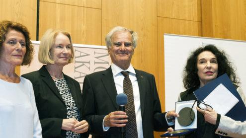 Im Bild: Rachel Salamander, Barbara Schneider-Kempf, Julius Schoeps, Ulla Unseld-Berkéwicz. Foto: Margrit Schmidt (MMZ)
