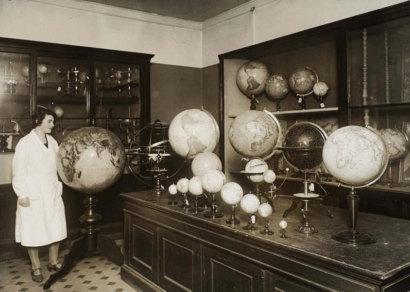 Schottes Verkaufsraum um 1930