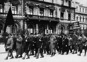 Aufmarsch der KPD zur Zeit der Räterepublik